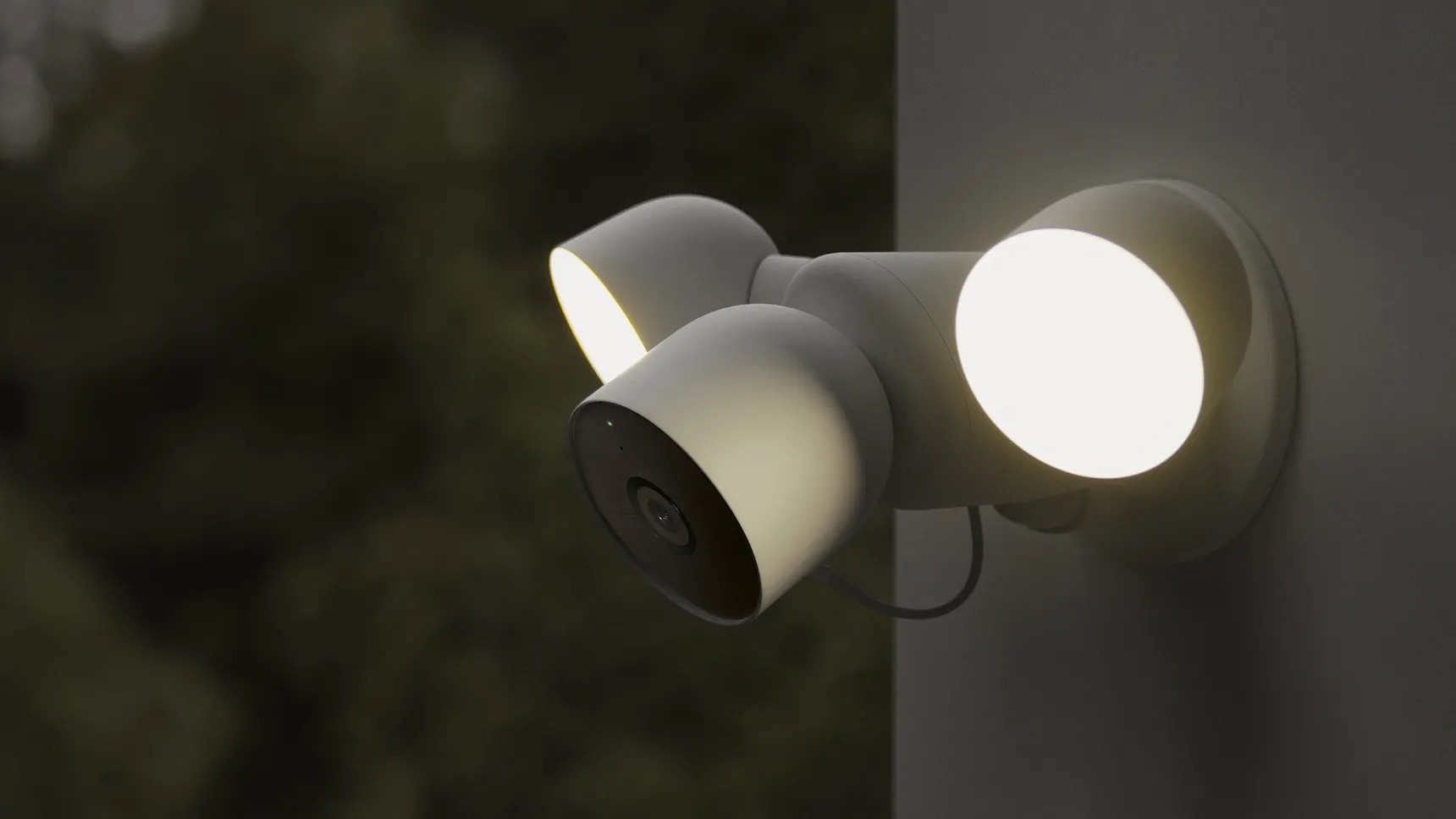 帶有泛光燈的 GOOGLE Nest CAM